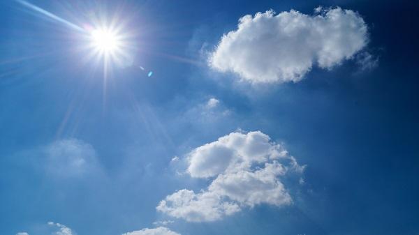 部屋の中でも紫外線対策する方法4選!日焼け止めを塗る以外も紹介