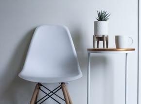 おしゃれな「ベンチ」のインテリア活用法|家具や収納としても便利!