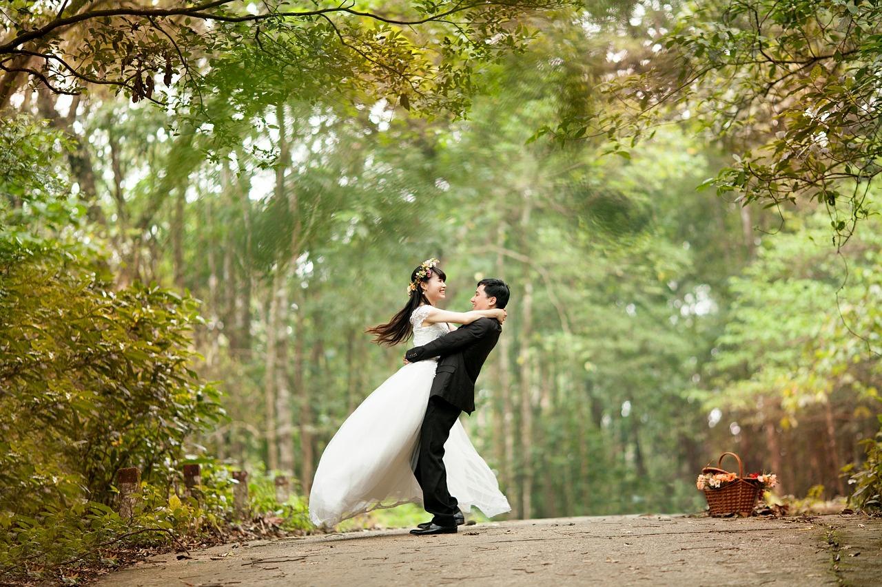 結婚式は「演出」が命。簡単にできるおしゃれ手作りアイテム17選