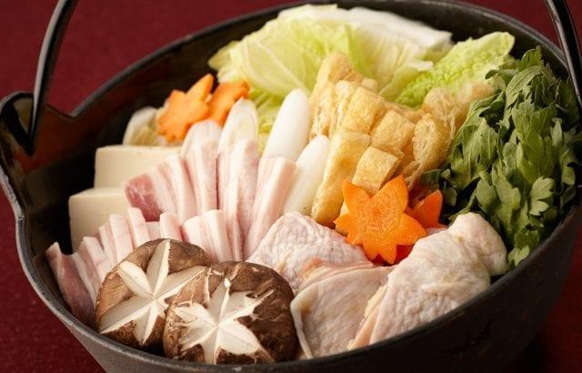 鶏肉を使った絶品人気鍋レシピ13選!低コストでお腹いっぱいに