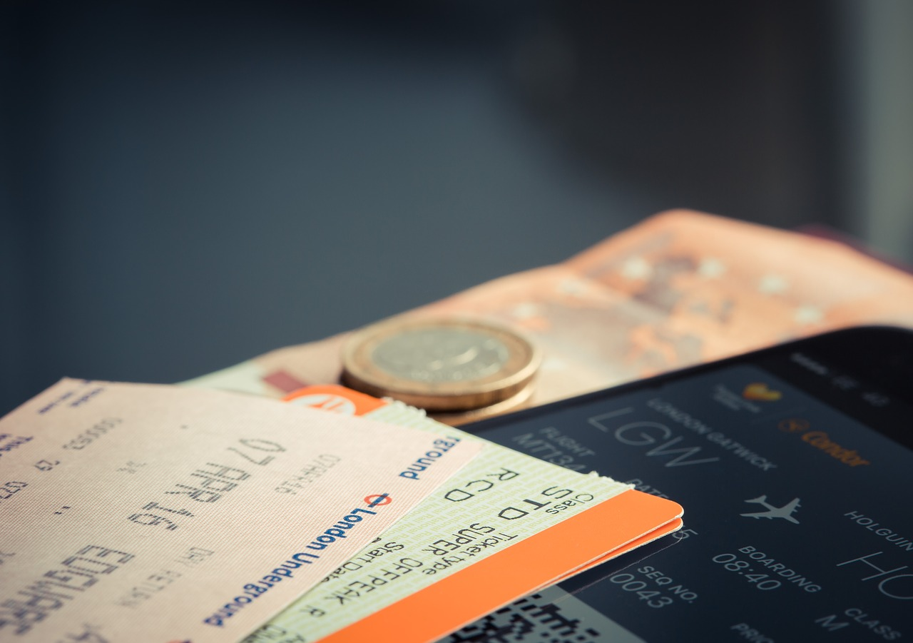 航空券や新幹線をお得に利用!知っておきたい9つのポイント