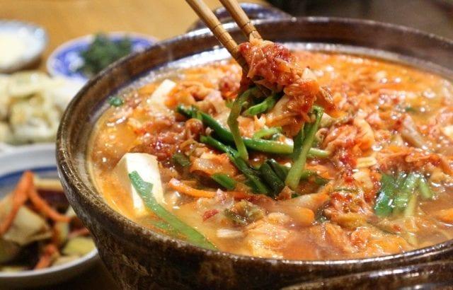 ピリ辛鍋で体の中から温まる!寒い季節のおすすめレシピ12選
