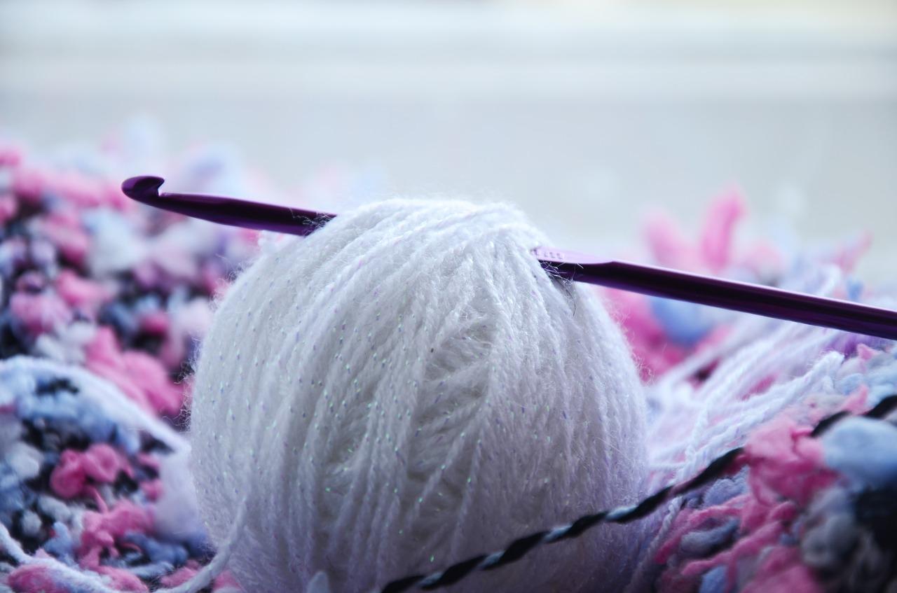 初心者でもできる♪かぎ針編み基本4つの編み方と簡単小物8選