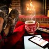 【部屋の寒さ対策】オススメ防寒グッズ22選で節電と保温を