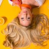 白髪の悩みをすっきり解消|おすすめ商品10選/実践したい予防と対策