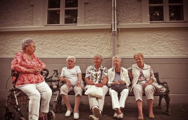 お年寄りがいる家の防災対策!被害を減らすための14の備え