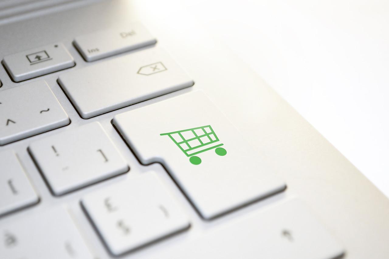海外通販の始め方|購入の手順と注意したい点&おすすめサイト4選