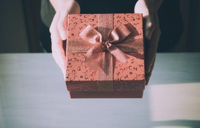 出産内祝いの人気ギフト25選♡贈る人別のお返しセレクション