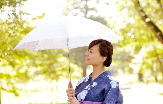 日傘でおしゃれに紫外線対策|上手な選び方と可愛いおすすめ13選