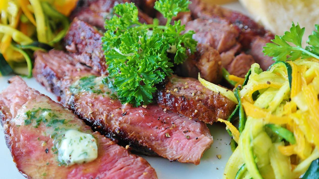 【大阪】鉄板焼きのおすすめ10店!記念日に贅沢ディナーを