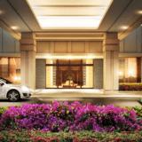沖縄に全室オーシャンビューの「アラマハイナ コンドホテル」オープン|屋外プール・露天風呂も