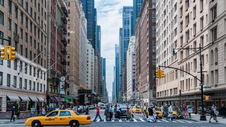 海外旅行でドライブを楽しむ為の国際免許の取得手続きと注意点9選