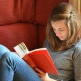 名作揃い!女子が30代までに読みたい心に残るおすすめ小説15選
