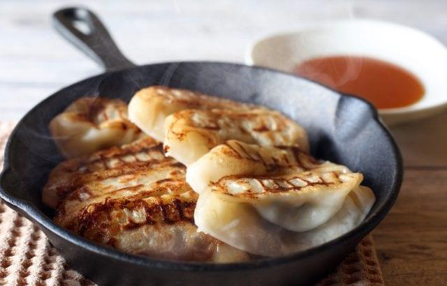 白菜/キャベツの絶品餃子レシピ11選|シャキシャキで食べ応え抜群