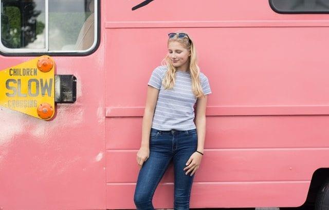 「アニエスベー」の人気Tシャツ特集♡サイズ感良しのコーデも紹介