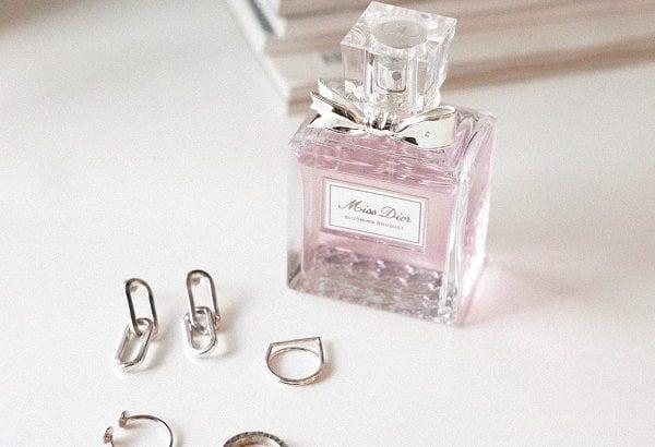 「Dior」の人気コスメ総集編|人気リップやマキシマイザー口コミは?