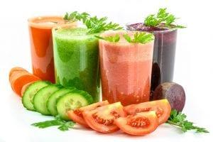 カラフルな野菜ジュース