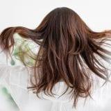 産後の髪質変化を改善する方法とおすすめシャンプー10選|忙しいママ向け