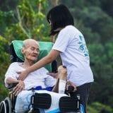 介護士の収入アップに最適な【かいご畑】で仕事探しするコツ