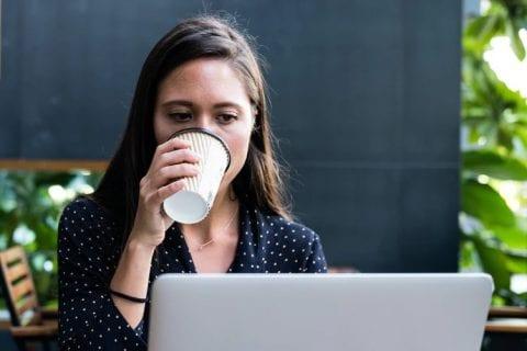 転職エージェントの選び方|対応の質や転職支援実績に注目
