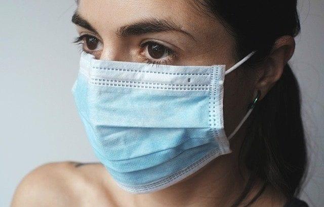 マスクのメイク崩れを解決|マスクにつかない対策とおすすめ商品30選