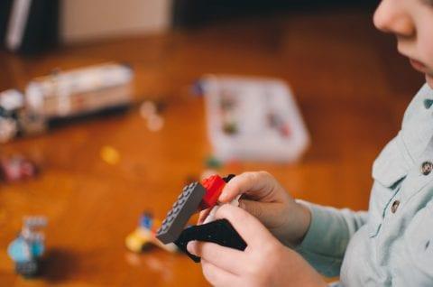 2歳におすすめな幼児知育教材の種類や選び方