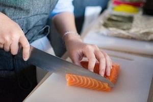 下味冷凍した魚の鮮度をより長持ちさせる方法