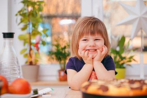 2歳の子どもの興味や成長に合わせた幼児知育教材を選ぼう