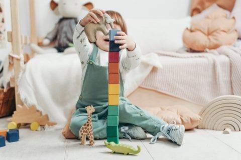 2歳の年齢における幼児知育教材の必要性やメリット
