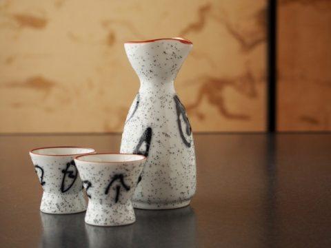ふるさと納税で人気の日本酒を返礼品でもらおう