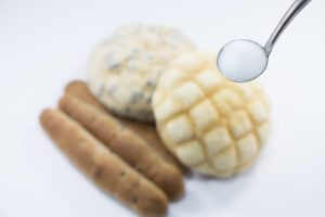 パンの添加物